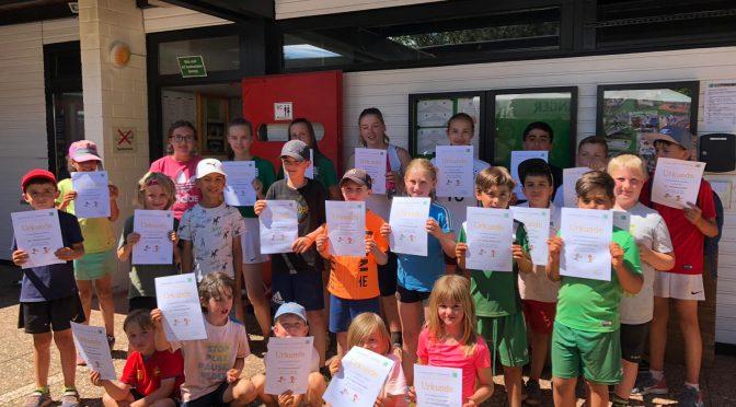 Erstes Sommercamp 2019: Tennisspaß bei 30 Grad